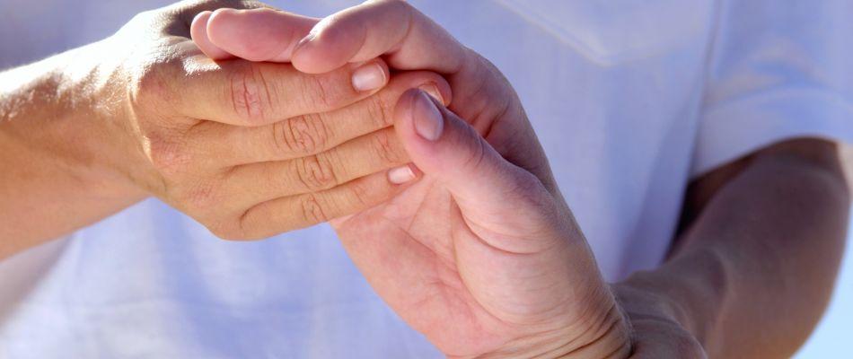 Как лечить артрит: причины и симптомы воспаления суставов