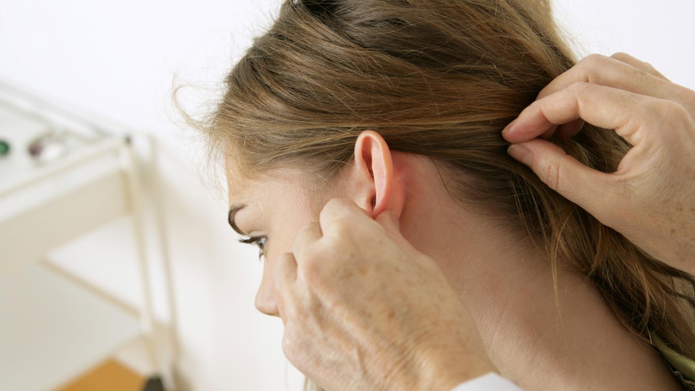 У ребёнка воспалился лимфоузел за ухом: причины 27