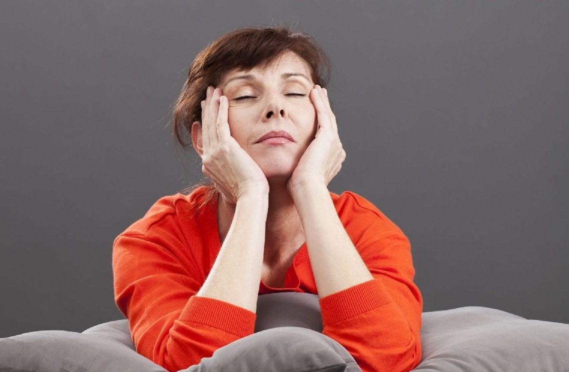 В каком возрасте возникает менопауза