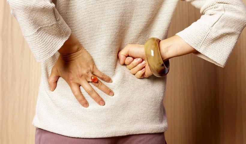 Болит в боку частое мочеиспускание