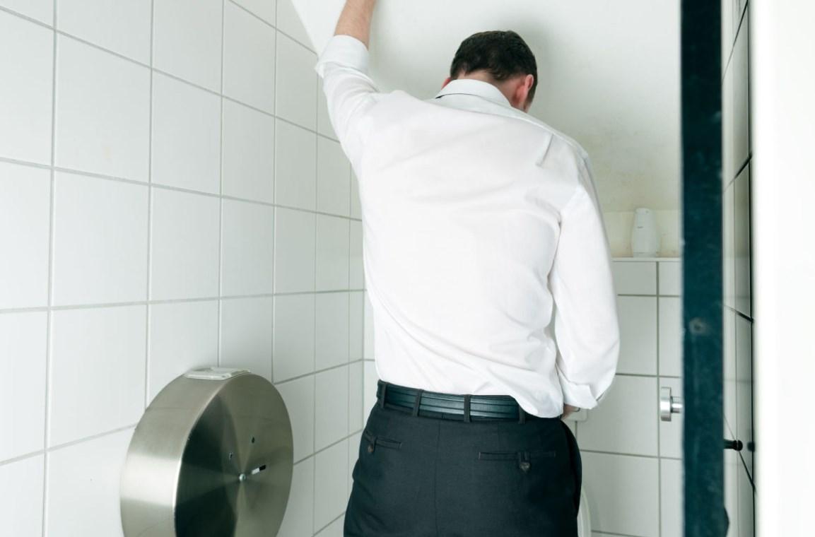 Частые позывы в туалет у мужчин