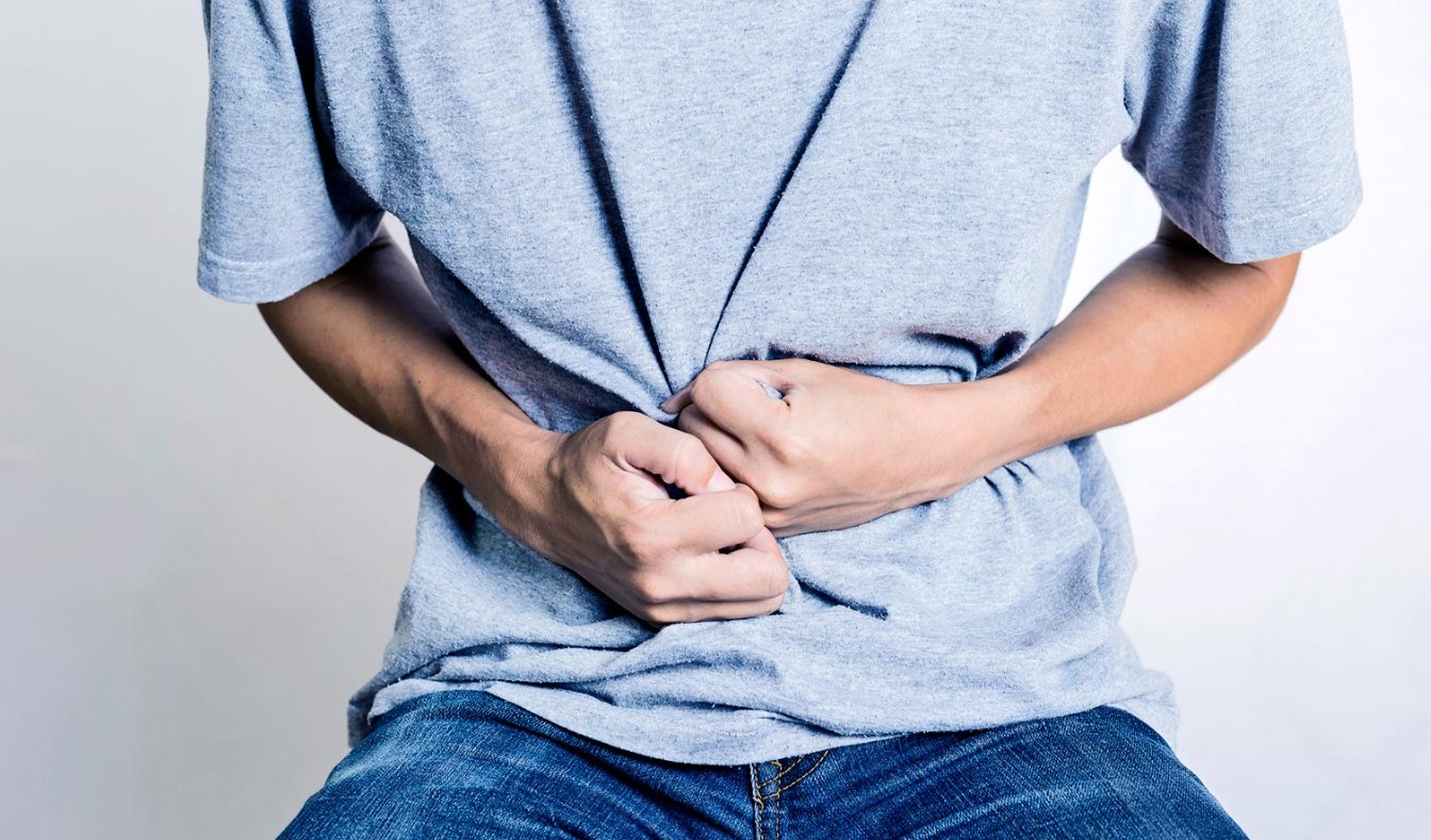 Боли при язве желудка и двенадцатиперстной кишки