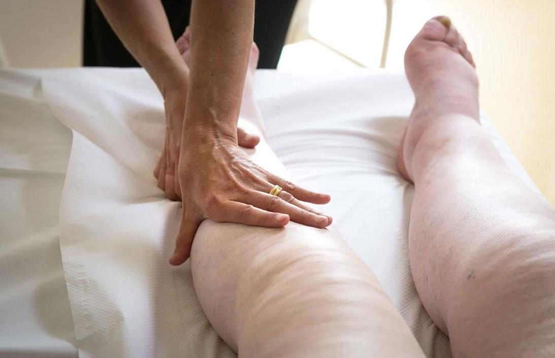 Отечный синдром массаж