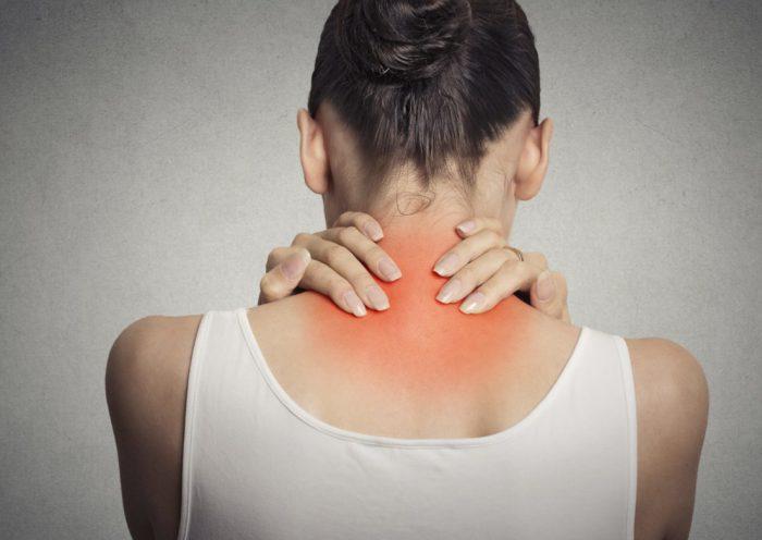 Болит шея соли