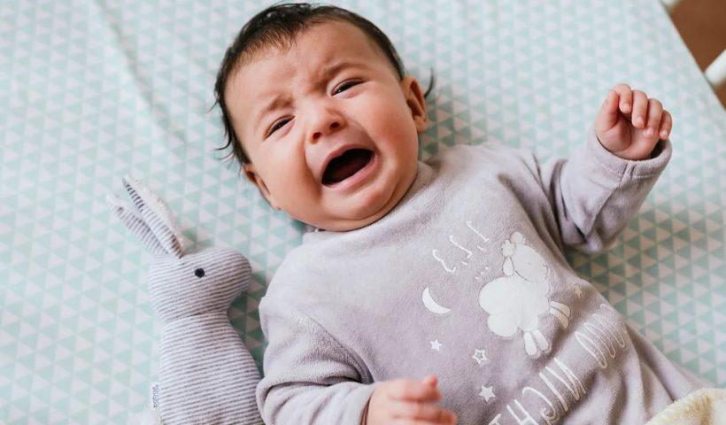 Грудничок плачет пеленочный дерматит