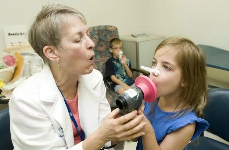 Осмотр врач астма