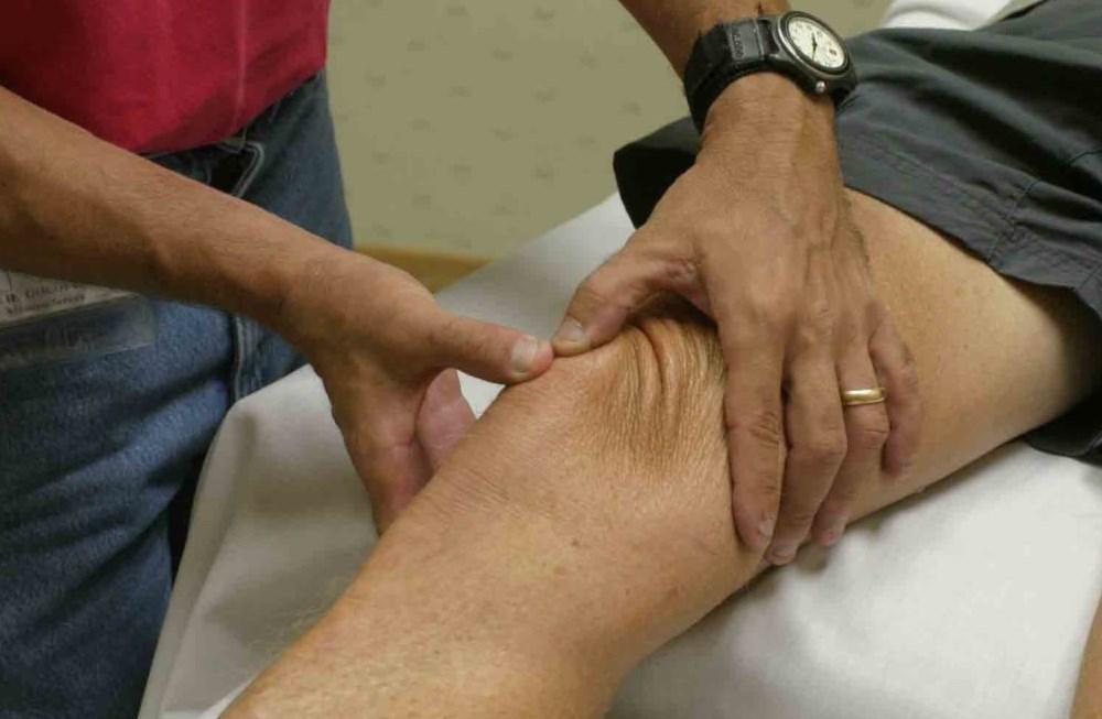 Синовит коленного сустава пальпация