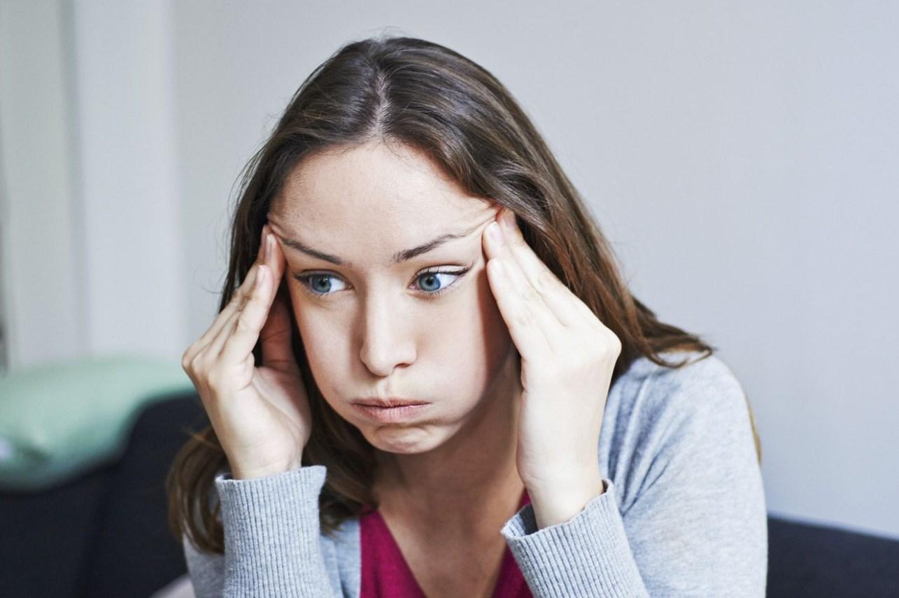 Болит голова анальгин не помогает
