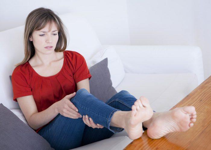 Болят ноги причины